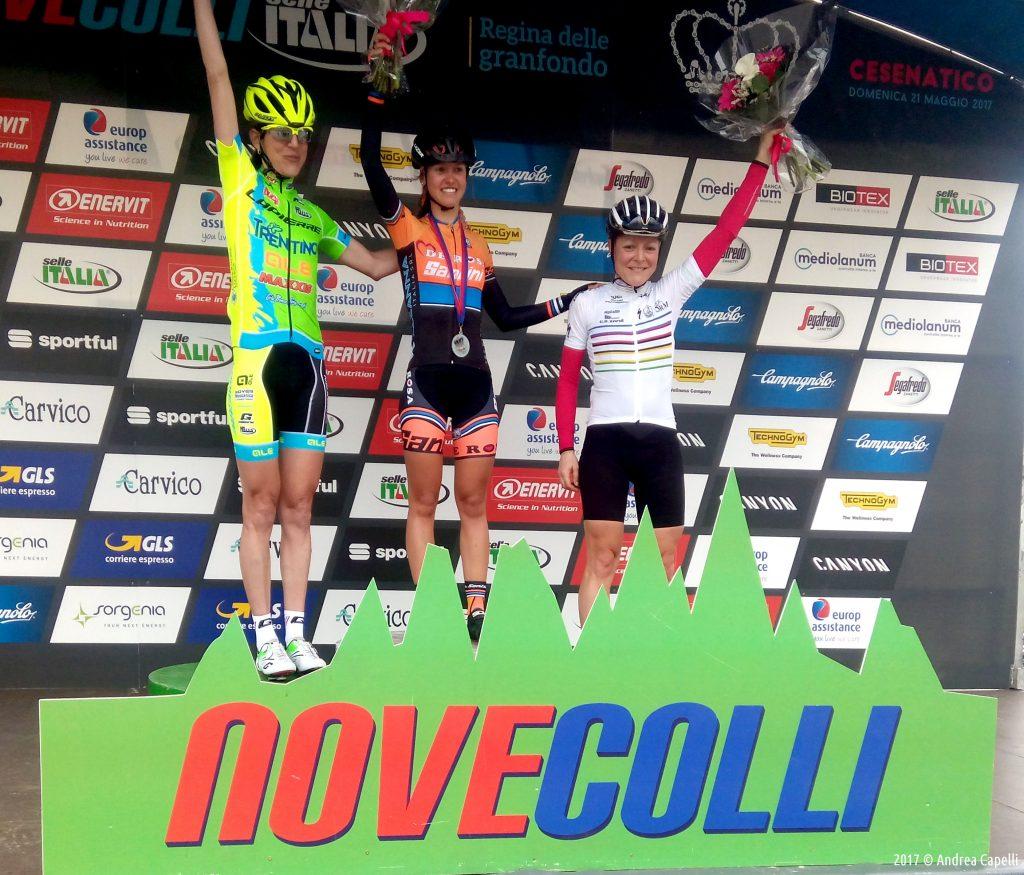 podio-femminile-nove-colli-130-1024x875